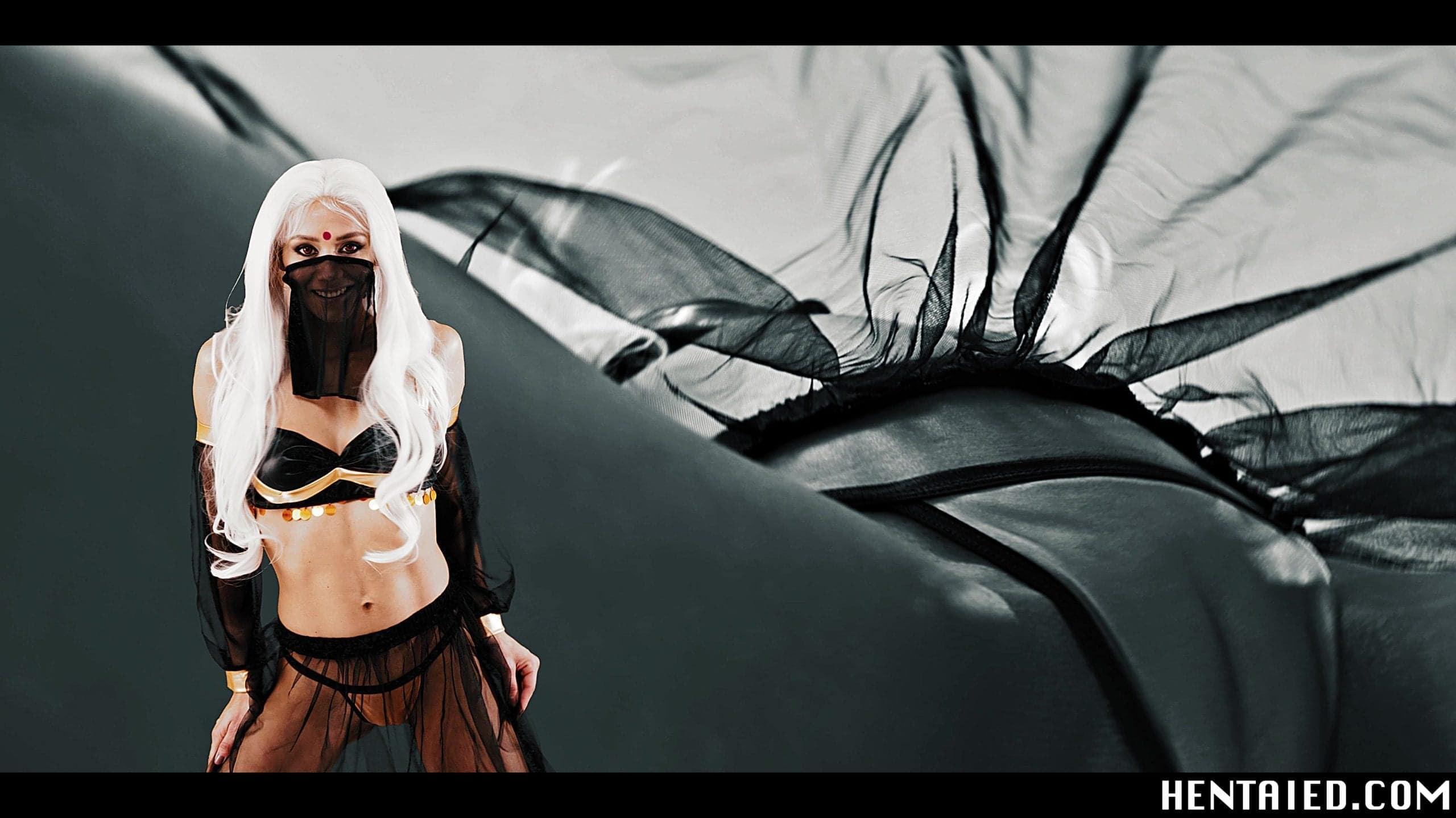 Masked pornstar Veronica Leal cosplay