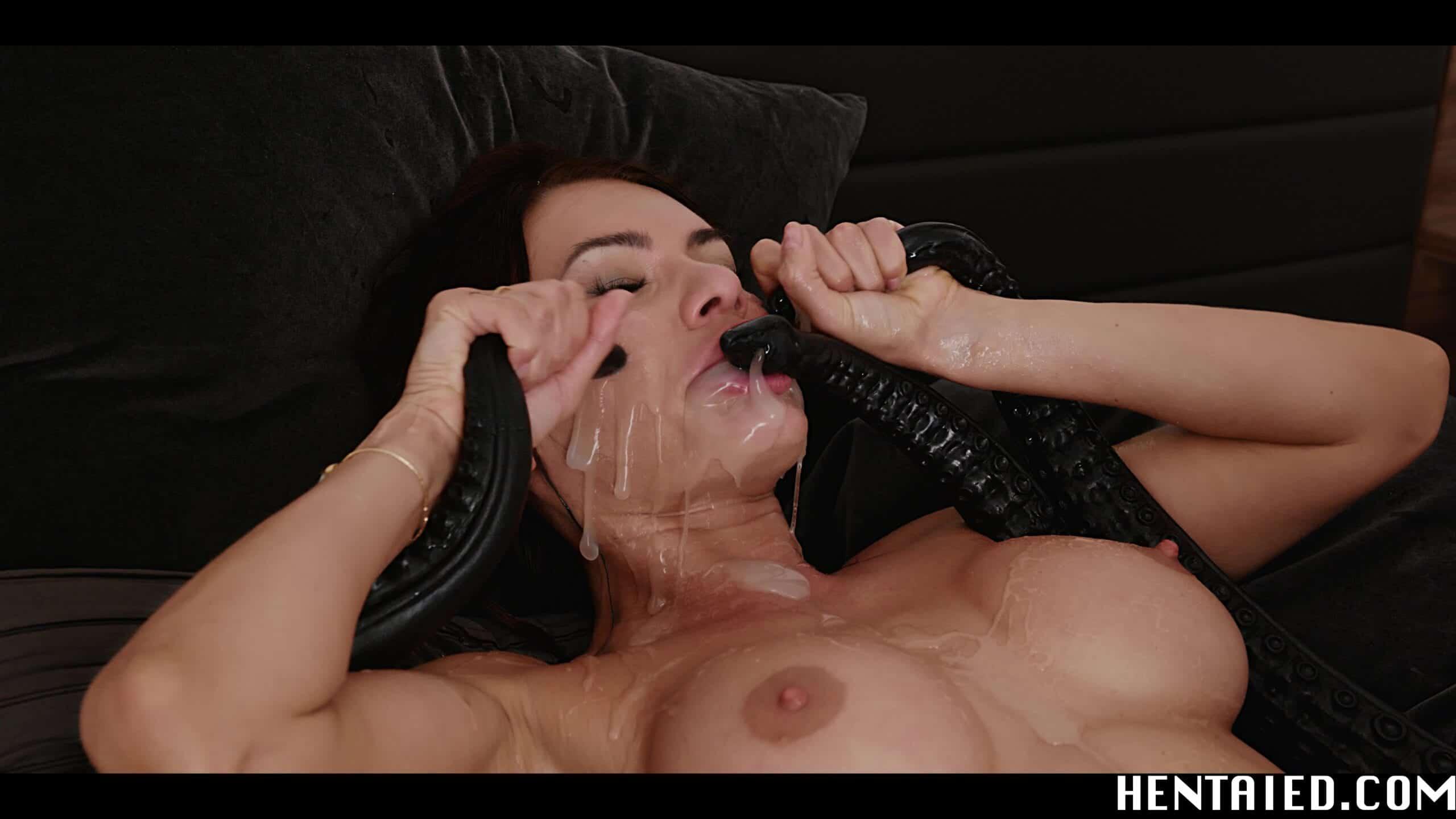 Kitana Lure sucking tentacles